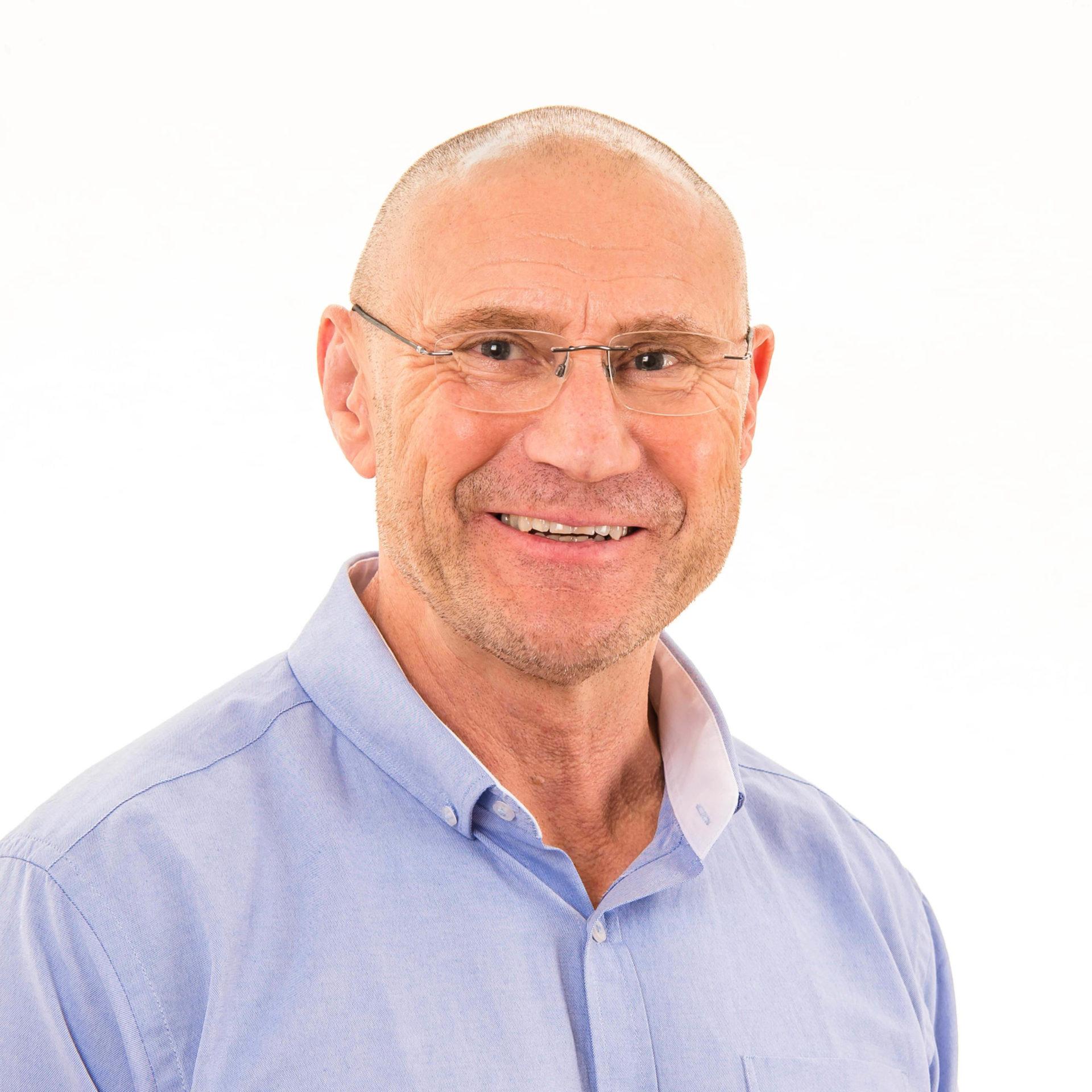Geoff Dowdall headshot
